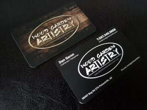 woodgardenartistry_business_card_design_01-300x225